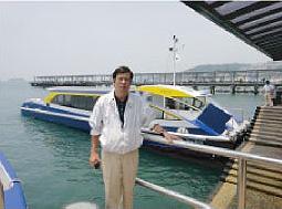 ゴルフ場のあるKau Sai Chau行きの専用船の船着き場